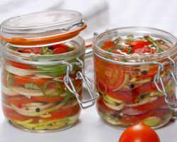 Рецепты превосходных закусок из чеснока и томатов