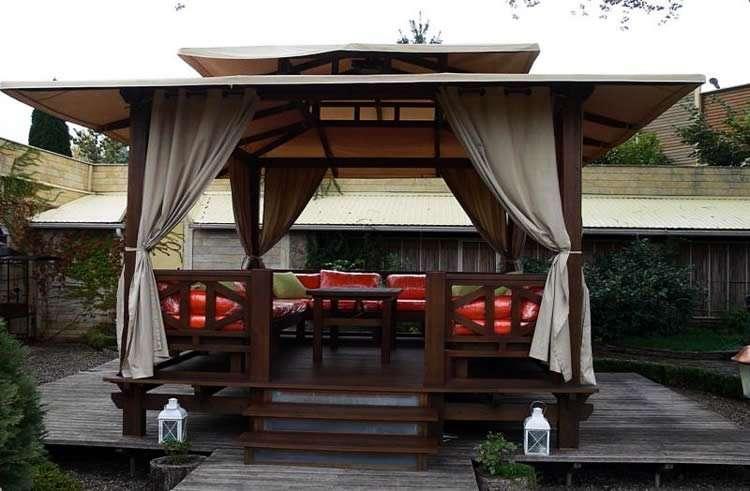 Защитные шторы для беседок и веранд - как сделать место отдыха уютнее