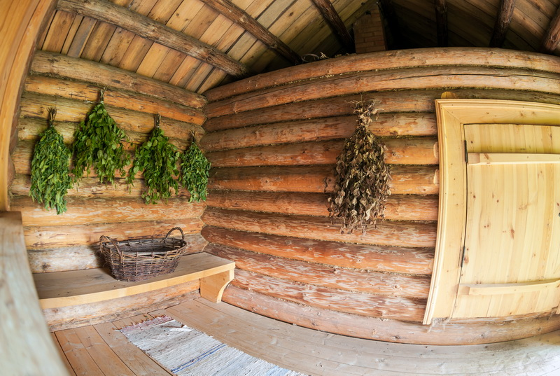 Потолок в бане: виды конструкций и этапы монтажа своими руками